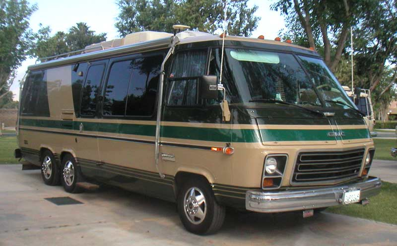Gmc motorhomes for sale 26 foot rear bath for Gmc motor homes for sale